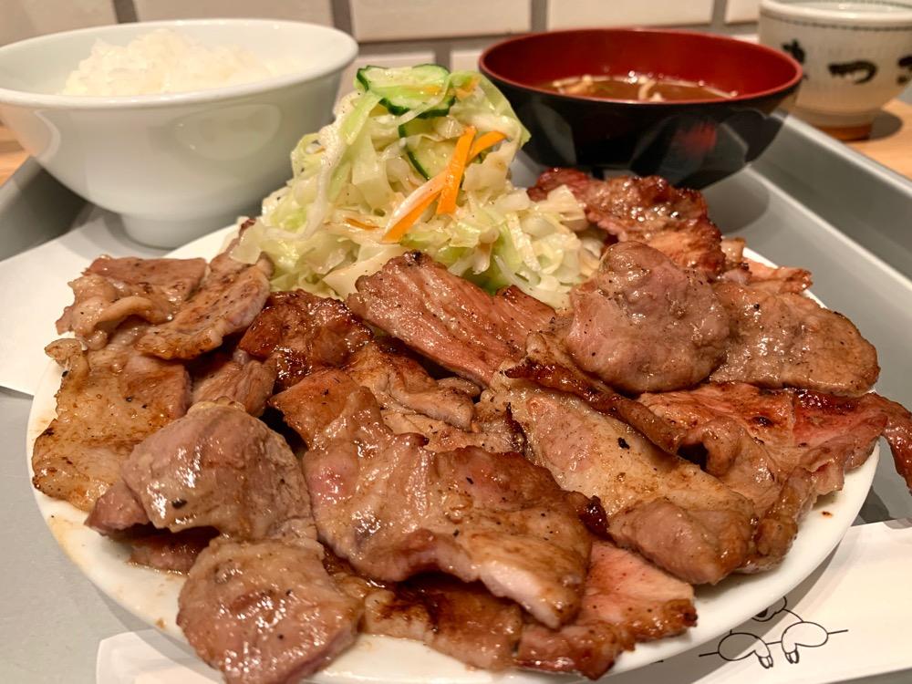 栄|ランチ時には行列必至!?ボリューム満点コスパ最高な焼肉ランチが人気の洋食店