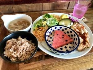 本山|体を労わる料理の数々。野菜の魅力を最大限引き出したグルテンフリー専門店