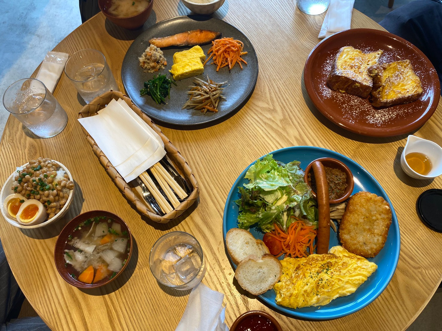 尼ヶ坂|あなたはご飯派?パン派?何派でも満足できる、種類豊富なモーニングがあるおしゃれカフェ