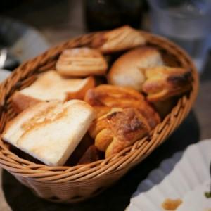 植田|パン好き必見!食パン専門店でいただく焼きたてミニパン食べ放題ランチ