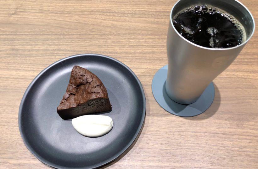栄|モノクロで統一されたシックな世界!ほっと一息つきたい大人にぴったりなコーヒースタンド
