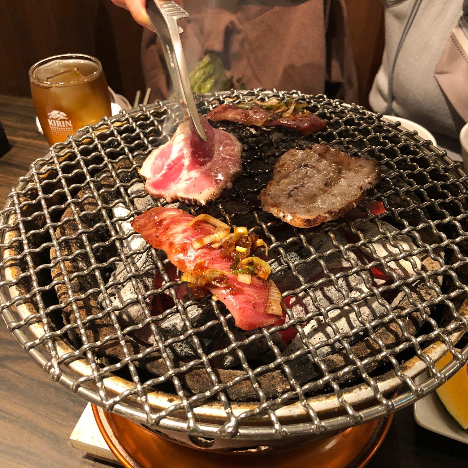 名駅|まるで韓国旅行気分が味わえる?!韓国の人気店15店のメニューが一同に会した夢の韓国料理店