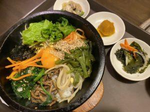 今池|どの料理を注文しても小皿がたくさんついてきて嬉しい!本場の辛さと味が楽しめる韓国料理店