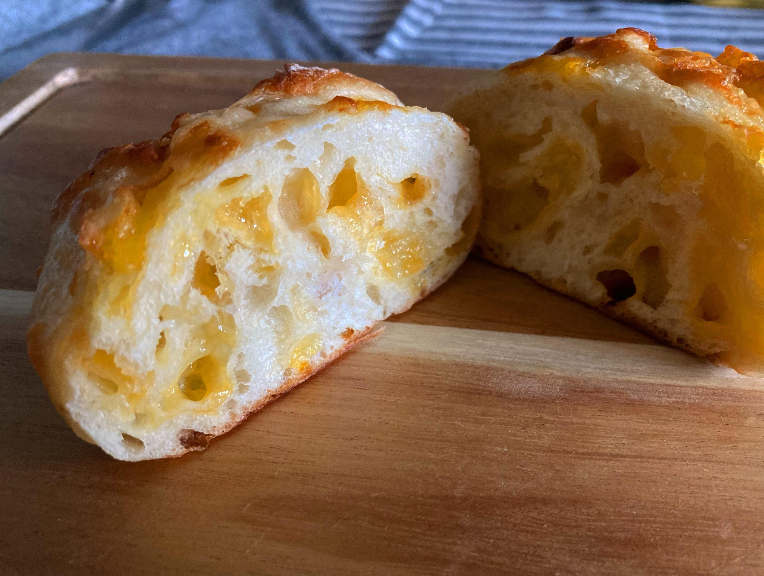 植田|フランスで学んだ伝統製法を守り丁寧に焼き上げる!品揃えも豊富な心温まる町のパン屋さん
