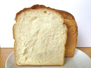 東別院|リピーター続出!モッチモチの湯種食パンが自慢!素敵な夫婦が営むこだわりの詰まったパンをいただけるベーカリー