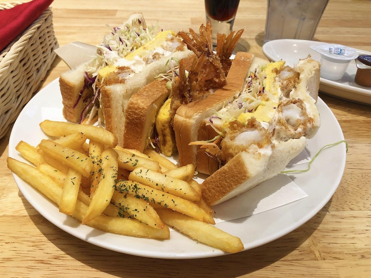 金山|食べ応え抜群!ガブっとかぶりつくボリュームサンド!味もコスパも◎のカフェ
