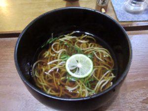 覚王山 石臼で挽いた蕎麦や蕎麦粉を使用した料理がいただける蕎麦カフェ