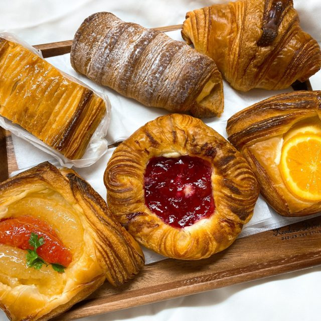 六番町|名古屋パン業界のニューフェイス現る!石窯で焼き上げるパンを数々をとくとご覧あれ♪
