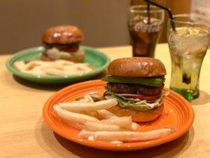久屋大通|一度食べればやみつきに!毎日手作りのビーフ100%のパティが決め手のハンバーガー専門店