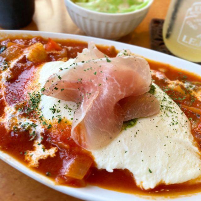 春田 栄養豊富な希少卵を使用した数量限定オムライスは色とりどり!?70を超えるランチメニューが楽しめるカフェレストラン