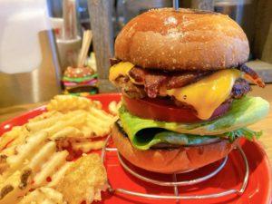 今池|写真映えだけじゃない!肉の旨みをしっかり味わえるハンバーガーと美味しいビールで昼飲み!