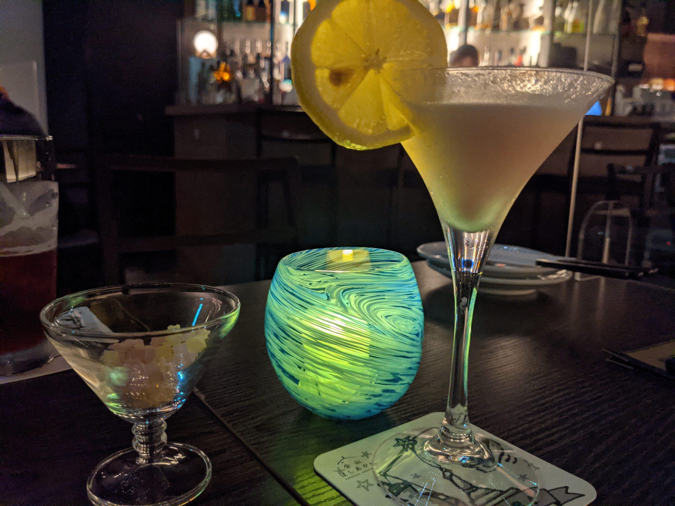 金山|まるでプラネタリウム?満天の星空を眺めながらお酒を美味しく楽しめるBAR